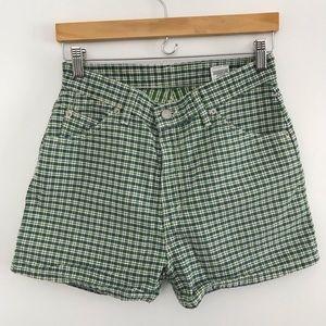 Levi's Vintage 912 Slim Fit 11 green plaid shorts